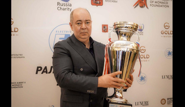 """Третья гонка """"Ралли Мира"""" финиширует в Санкт-Петербурге в рамках программы ПМЭФ-2019"""