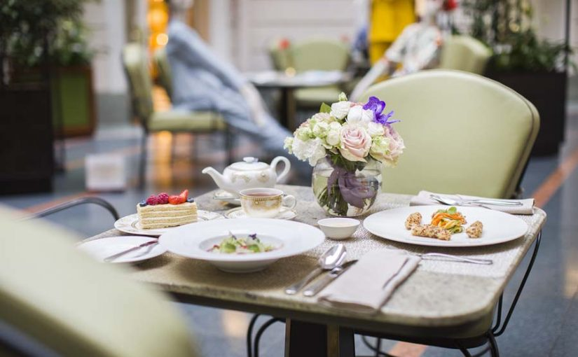RESTAURANTS OF BELMOND GRAND HOTEL EUROPE ARE OPEN AGAIN: SAFETY IN A BIG CITY