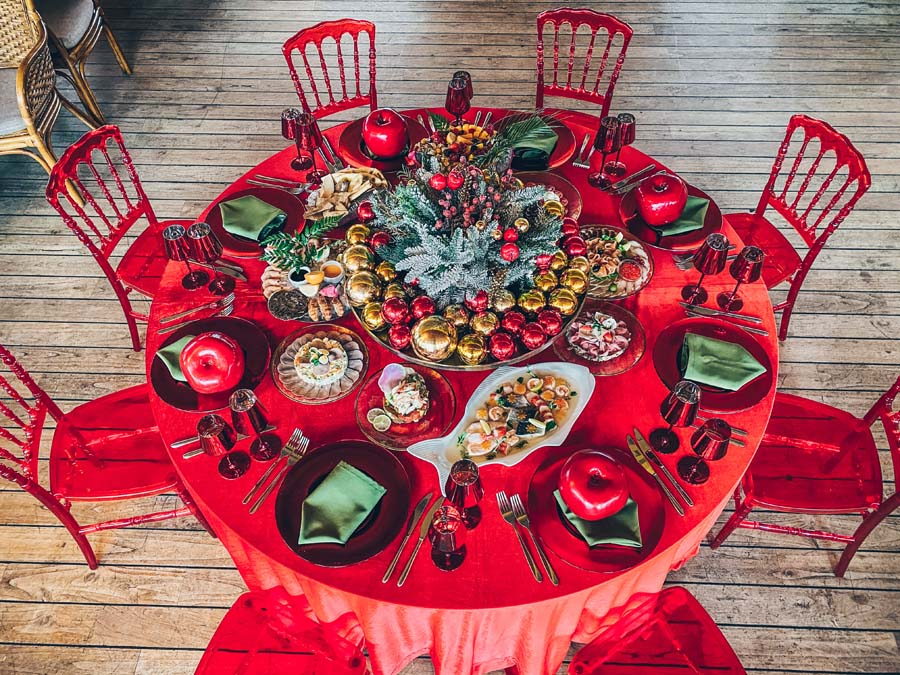 31.12 ORGANISATION OF TURNKEY NEW YEAR'S TABLE AT YOUR HOME