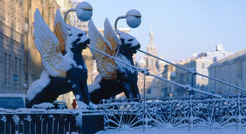 WINTER HOLIDAYS IN PETERSBURG