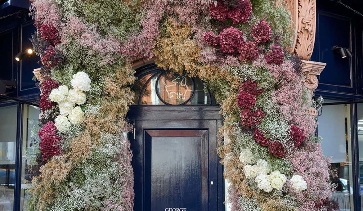 GEORGE CLUB'S FACADE DESIGNED BY ERDEM FOR RHS CHELSEA FLOWER SHOW 2021